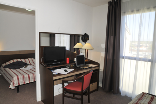 appart city hotel t2 desk